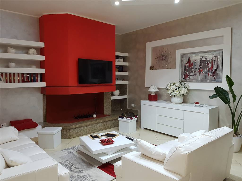 Appartamento in vendita a Mesagne, 6 locali, zona Località: PARCO, prezzo € 178.000 | CambioCasa.it