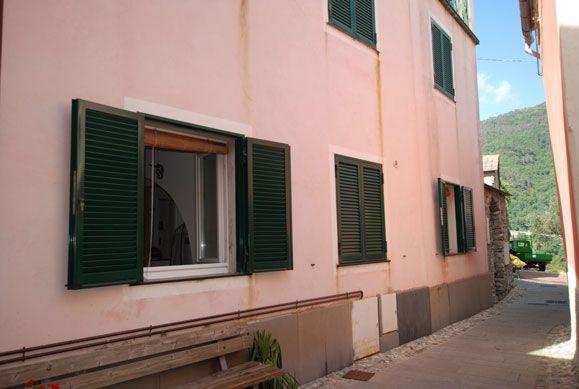Soluzione Indipendente in vendita a Levanto, 4 locali, zona Zona: Dosso, prezzo € 165.000 | Cambio Casa.it