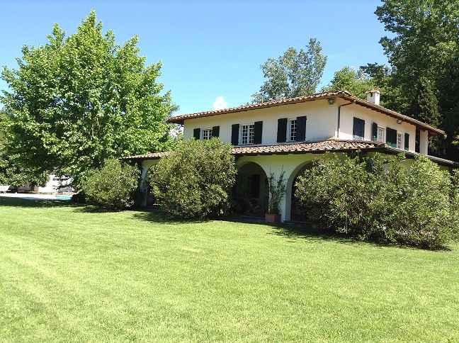 Villa in Vendita a Forte Dei Marmi: 5 locali, 620 mq - Foto 1