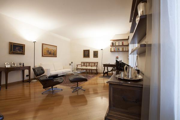 Appartamento in Vendita a Milano: 3 locali, 130 mq - Foto 9