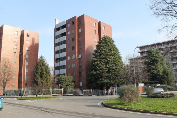 Appartamento in Vendita a Corsico: 3 locali, 106 mq