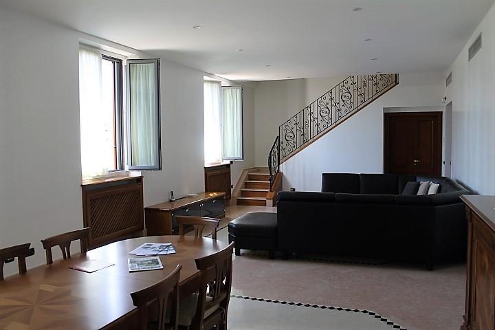 Appartamento in Vendita a Milano: 5 locali, 310 mq - Foto 5