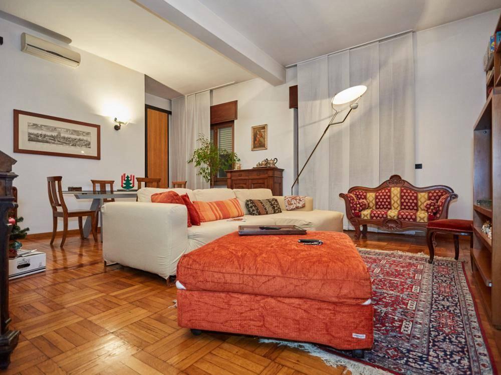 Appartamento in Vendita a Milano:  5 locali, 143 mq  - Foto 1