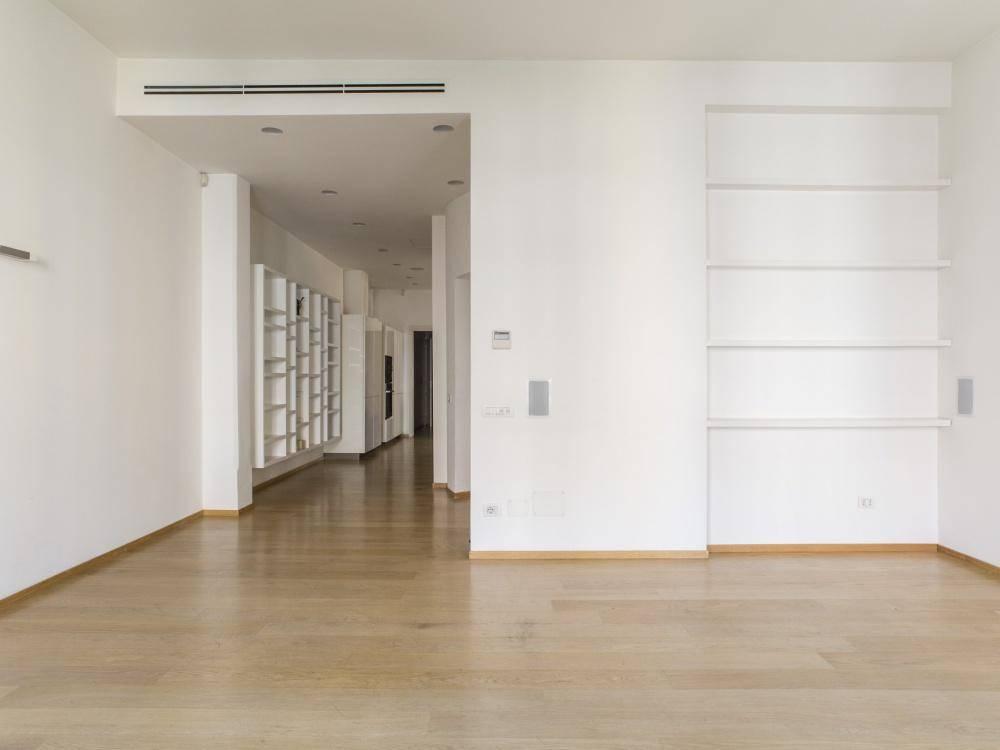 Appartamento in Vendita a Milano: 5 locali, 155 mq - Foto 2