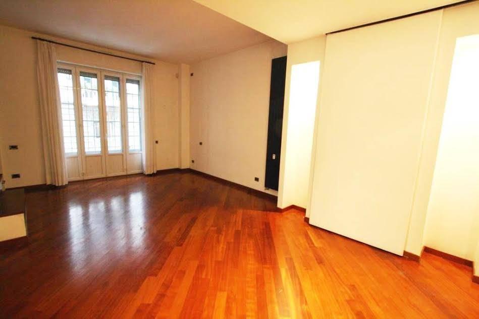 Appartamento in Vendita a Milano: 4 locali, 110 mq - Foto 2