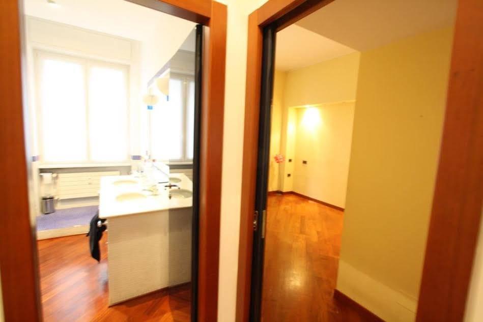 Appartamento in Vendita a Milano: 4 locali, 110 mq - Foto 4