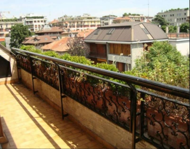 Appartamento in Vendita a Milano: 5 locali, 175 mq - Foto 4
