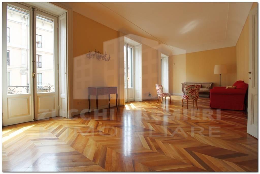 Appartamento in Vendita a Milano 01 Centro storico (Cerchia dei Navigli):  3 locali, 170 mq  - Foto 1