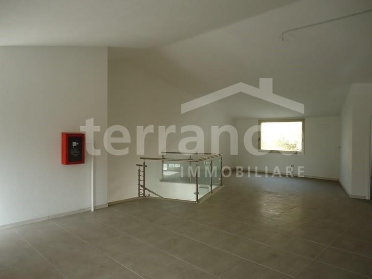 Negozio / Locale in vendita a Olbia - Porto Rotondo, 9999 locali, zona Località: VIA VITTORIO VENETO, prezzo € 370.000 | Cambio Casa.it