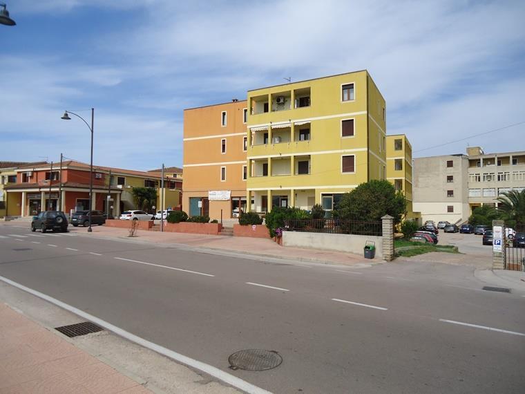 Negozio / Locale in affitto a Olbia - Porto Rotondo, 9999 locali, zona Località: SAN NICOLA, prezzo € 500 | CambioCasa.it