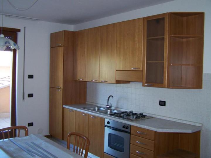 Appartamento in vendita a Zanè, 4 locali, zona Località: CENTRO, prezzo € 98.000 | Cambio Casa.it