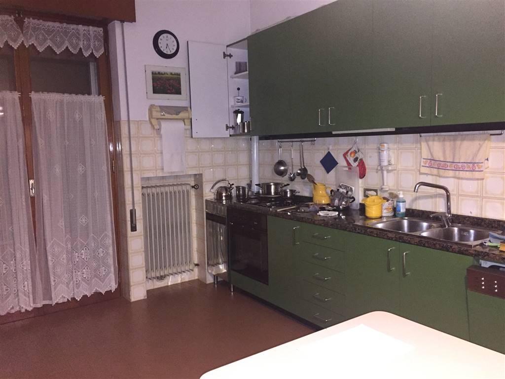 Soluzione Indipendente in vendita a Thiene, 8 locali, prezzo € 380.000 | Cambio Casa.it