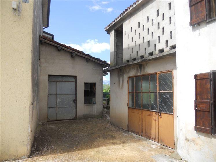 Casa indipendente in vendita montebello vicentino vicenza for Cerco casa vicenza