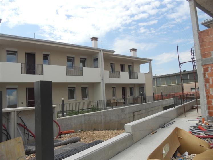 Soluzione Indipendente in vendita a Malo, 4 locali, prezzo € 170.000 | Cambio Casa.it