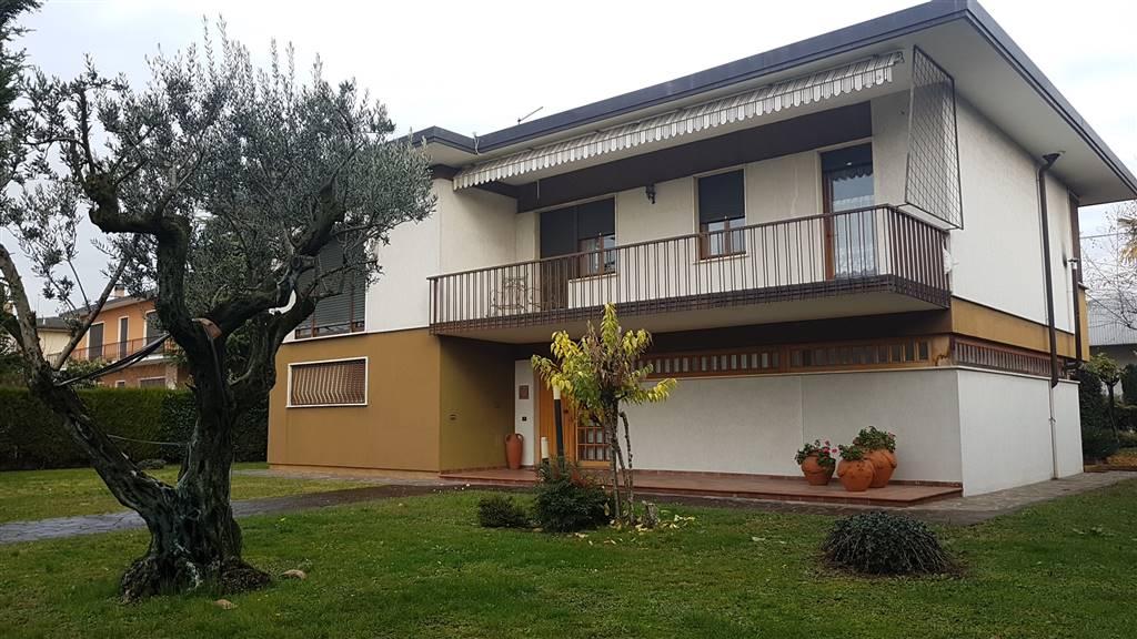 Villa in vendita a Zanè, 15 locali, zona Località: CENTRO, prezzo € 550.000 | Cambio Casa.it