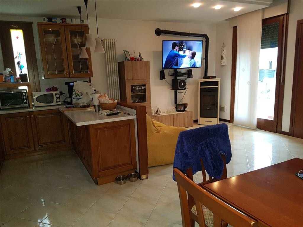 Soluzione Indipendente in vendita a Marano Vicentino, 5 locali, prezzo € 115.000 | CambioCasa.it
