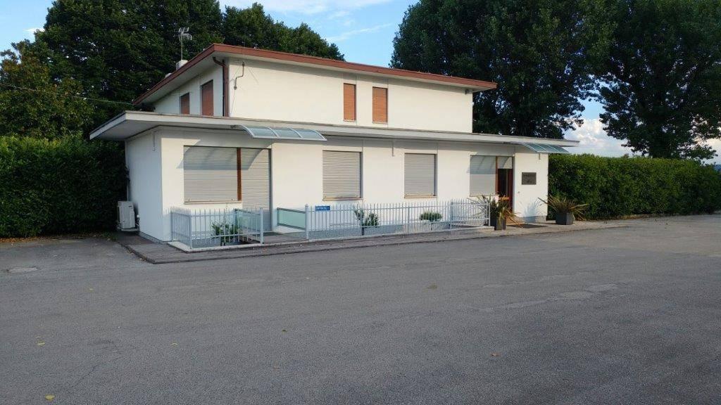 Ufficio / Studio in Vendita a Zanè
