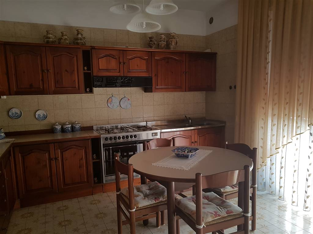 Appartamento in vendita a Santorso, 5 locali, prezzo € 240.000 | CambioCasa.it