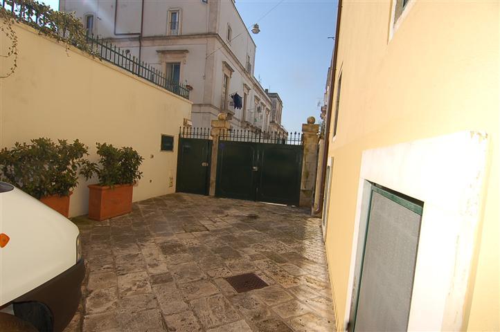 Appartamento vendita MARTINA FRANCA (TA) - 7 LOCALI - 200 MQ