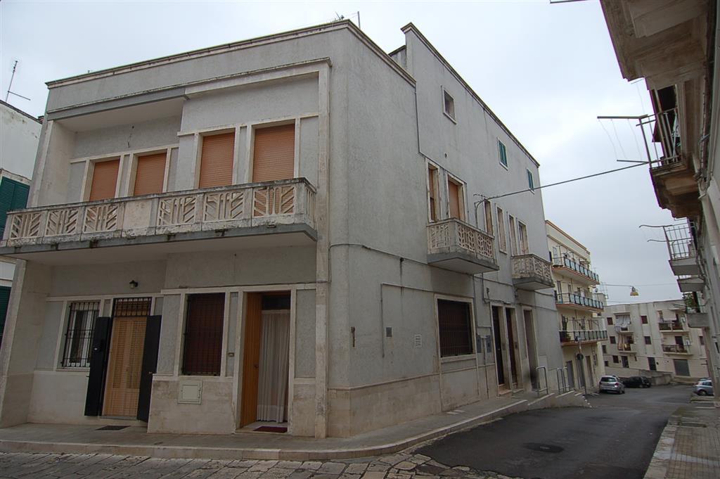 Soluzione Indipendente in vendita a Martina Franca, 6 locali, prezzo € 170.000 | Cambio Casa.it