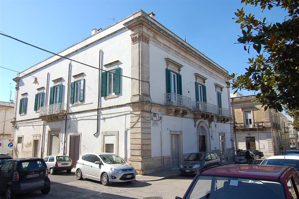 Attività / Licenza in affitto a Martina Franca, 1 locali, prezzo € 1.000 | CambioCasa.it