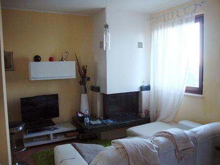 Soluzione Indipendente in vendita a Torrita di Siena, 5 locali, zona Zona: Montefollonico, prezzo € 179.000 | CambioCasa.it