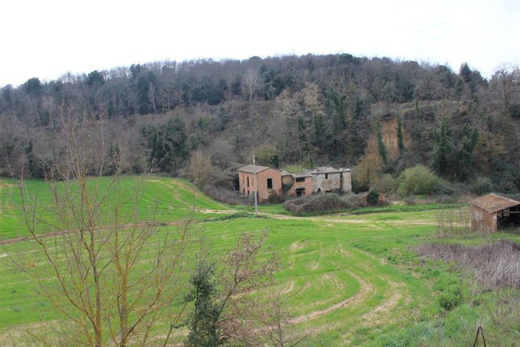 Rustico / Casale in vendita a Trequanda, 10 locali, prezzo € 185.000 | CambioCasa.it