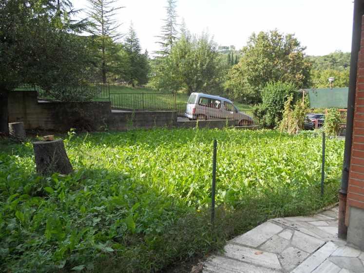 Soluzione Indipendente in vendita a Chianciano Terme, 6 locali, prezzo € 150.000 | CambioCasa.it