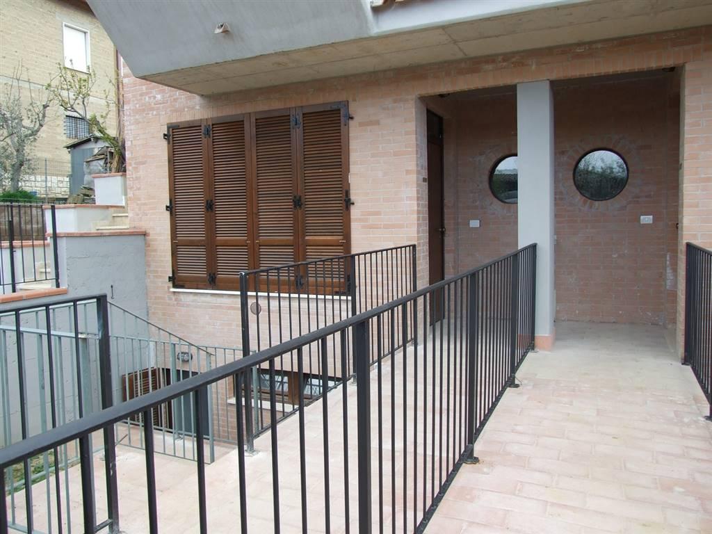 Soluzione Indipendente in affitto a Montepulciano, 4 locali, zona Località: ABBADIA DI MONTEPULCIANO, prezzo € 400 | Cambio Casa.it