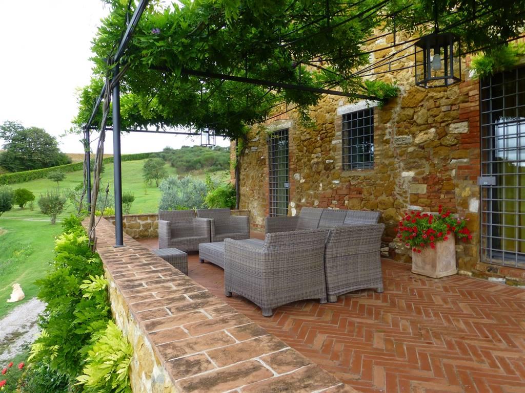 Rustic farmhouse for sale in rapolano terme siena serre di ...