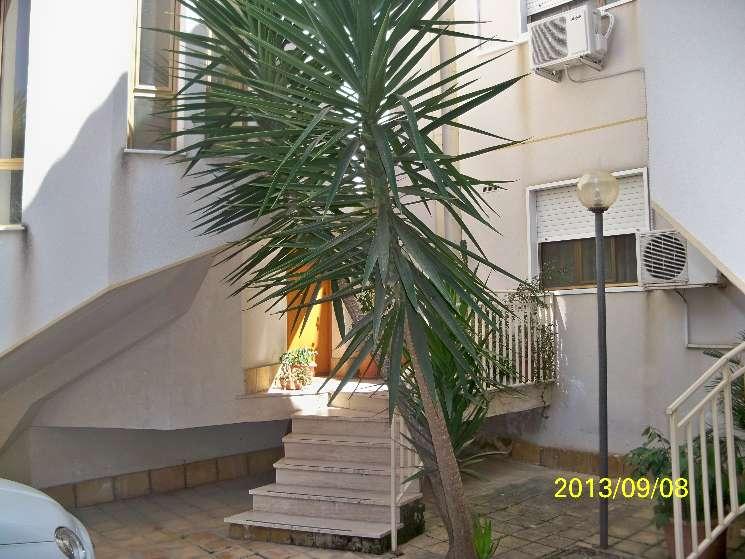Villa a schiera in Via G. La Pira  2, Caltanissetta