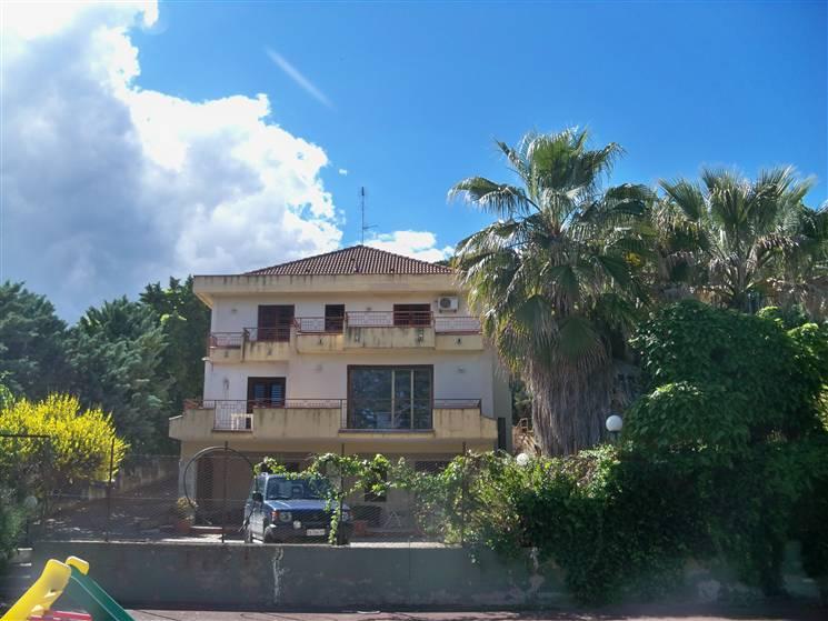 Villa, Caltanissetta
