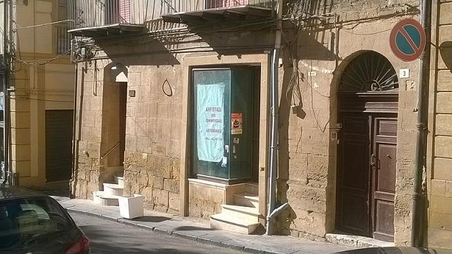Locali commerciali caltanissetta in vendita e in affitto for Cerco locale commerciale affitto