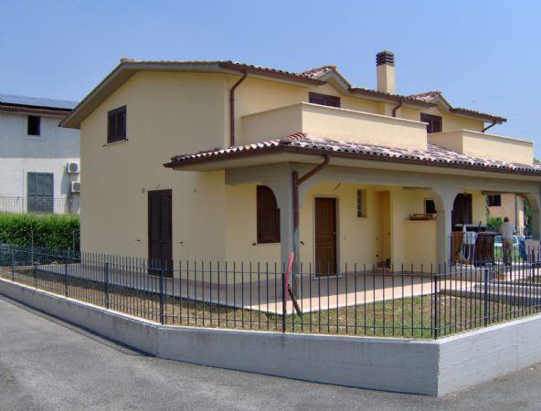Villa in affitto a Fiano Romano, 3 locali, prezzo € 700 | CambioCasa.it