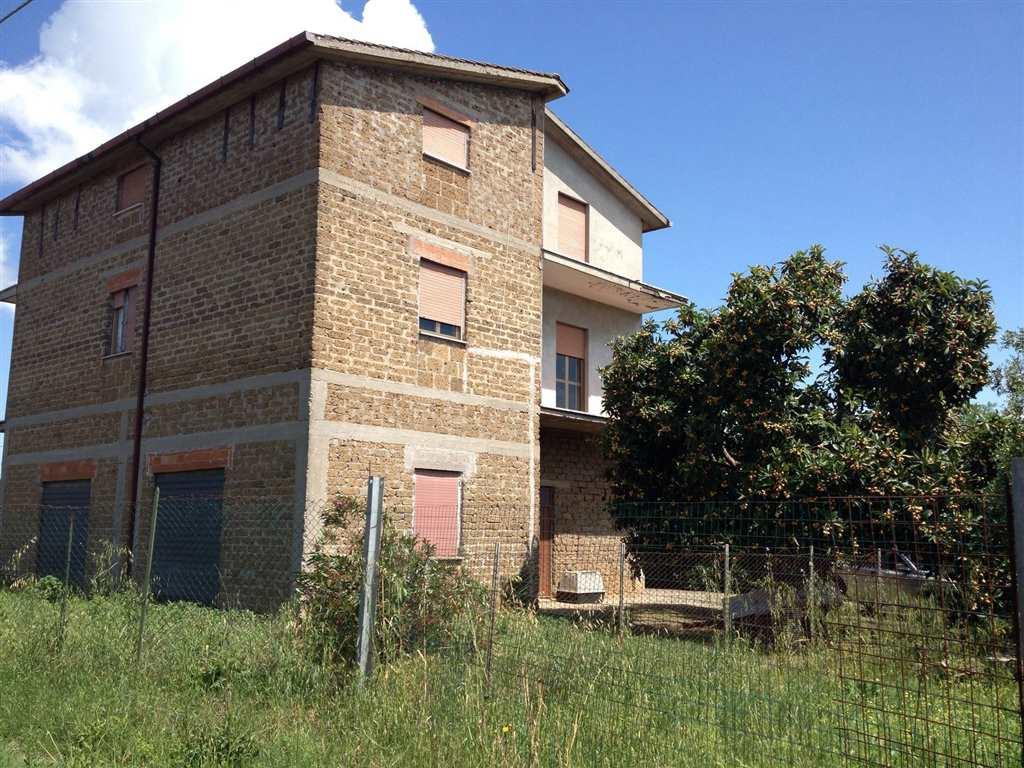 Soluzione Indipendente in vendita a Fiano Romano, 6 locali, prezzo € 190.000 | CambioCasa.it