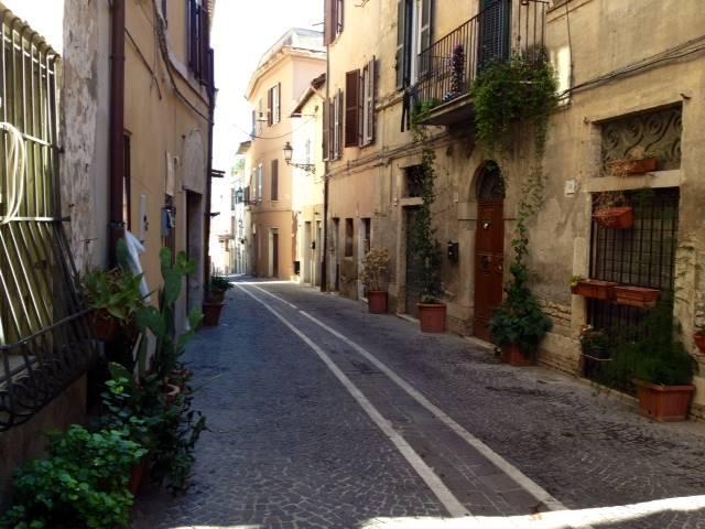 Negozio / Locale in affitto a Fiano Romano, 1 locali, prezzo € 350 | CambioCasa.it