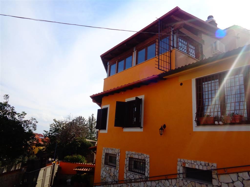 Soluzione Indipendente in vendita a Fiano Romano, 5 locali, prezzo € 220.000   Cambio Casa.it