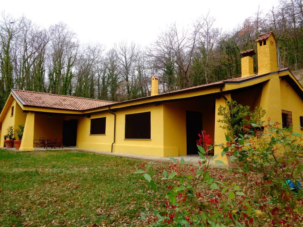 Villa in vendita a Nazzano, 8 locali, prezzo € 290.000 | Cambio Casa.it