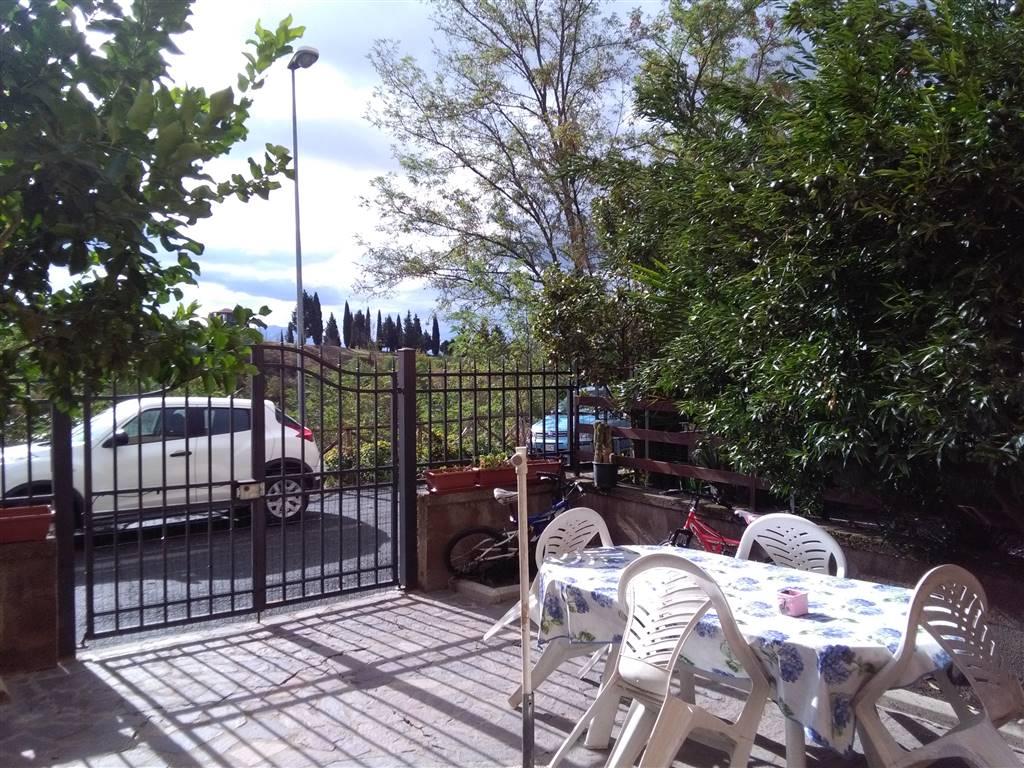 Villa a Schiera in vendita a Nazzano, 4 locali, prezzo € 140.000   CambioCasa.it