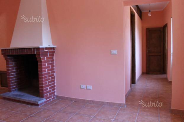 Appartamento in affitto a Poggio Nativo, 3 locali, zona Zona: Monte Santa Maria, prezzo € 300 | CambioCasa.it