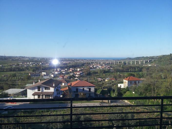 Appartamento in vendita a Miglianico, 3 locali, zona Zona: Collemarino, prezzo € 135.000 | Cambiocasa.it