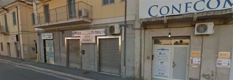 Negozio / Locale in affitto a Francavilla al Mare, 1 locali, zona Località: CENTRO, prezzo € 500 | CambioCasa.it