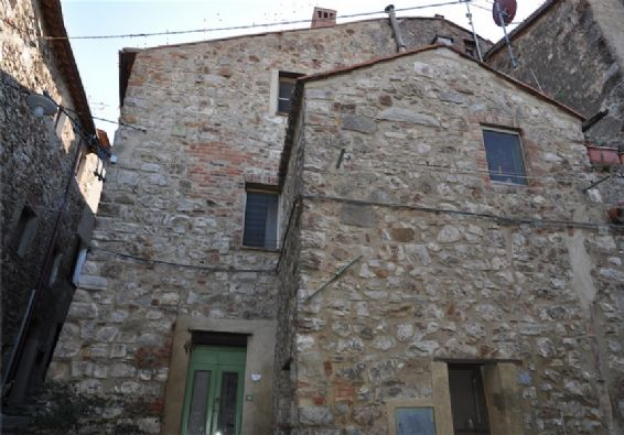 Casa indipendente in Vendita a Massa Marittima: 5 locali, 100 mq