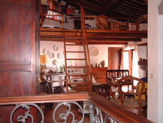 Appartamento in Vendita a Massa Marittima: 5 locali, 140 mq