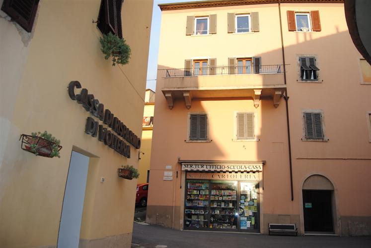 Appartamento in Vendita a Massa Marittima: 4 locali, 90 mq