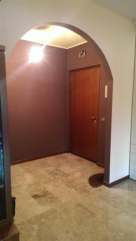 Appartamento in vendita a Pieve Emanuele, 4 locali, zona Località: VIA DELLE ROSE, prezzo € 190.000 | Cambio Casa.it