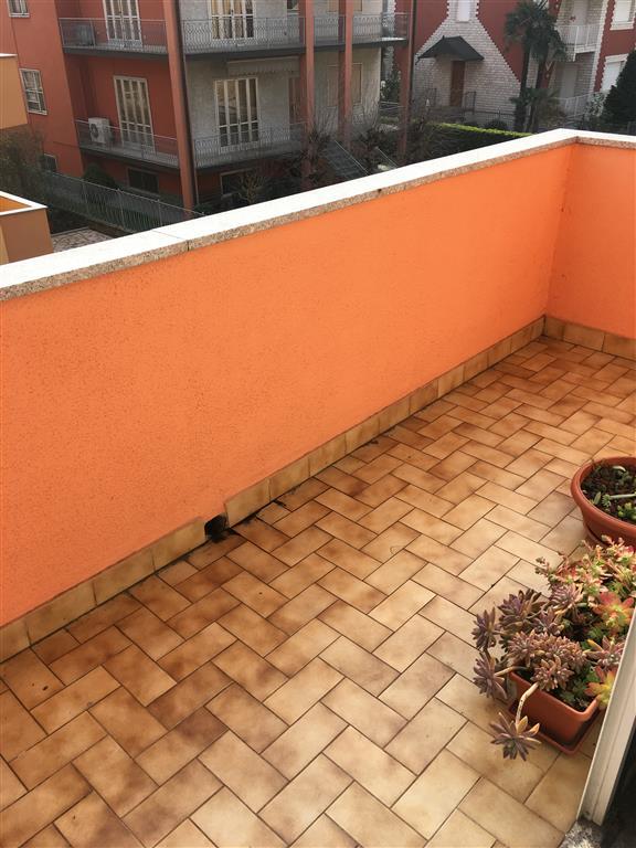 Appartamento in affitto a Pieve Emanuele, 2 locali, zona Località: PIEVE VECCHIA, prezzo € 650 | Cambio Casa.it