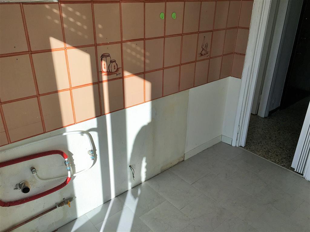 Appartamento in vendita a Rozzano, 2 locali, zona Località: QUINTO DE STAMPI, prezzo € 110.000 | CambioCasa.it