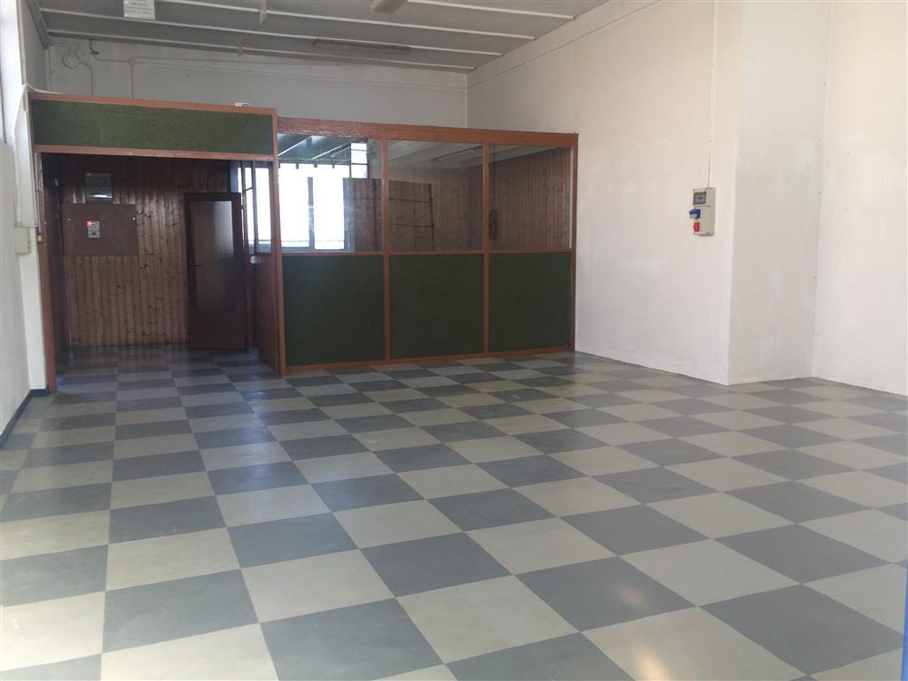 Laboratorio in Affitto a Siziano