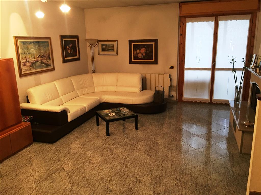 Appartamento in vendita a Pieve Emanuele, 4 locali, zona Località: PIEVE VECCHIA, prezzo € 249.000 | Cambio Casa.it